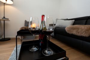 Wohnzimmer, Rotwein